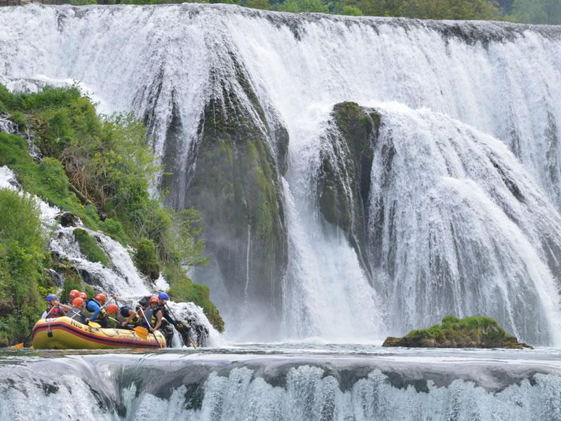 Rafting Kanufahren Rafting Auf Dem Fluss Una Discover Bihac